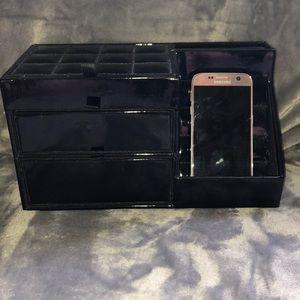 Phone charging jewelry box